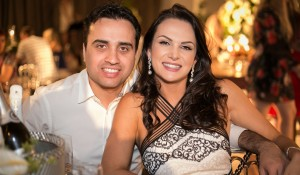 Thiago Michaelis e Camila Bortolonza.