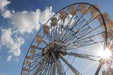 Curitiba, que completa 324 anos em março, ganha um presente especial do ParkShoppingBarigui: a maior roda-gigante da América Latina.