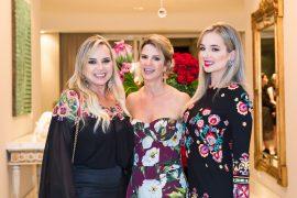 Sandra Zilli, Luciana Almeida e Carol Zilli.