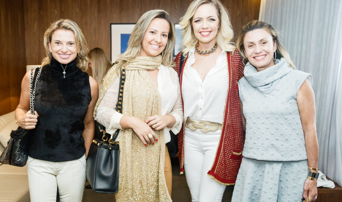 Denise Maximiliano, Jenifer Porto, Daniele Lopes e Ana Claudia Michelin.