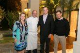 Silvia Fernandes, gerente de incorporações da Cyrela; o chef Celso Freire; Henrique Penteado, gerente comercial da Cyrela; e Filipe Vilhena, executivo de novos negócios da Cyrela.