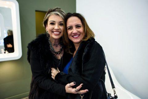Juliana com Berta Lia Varaschin.