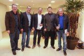 Nilton Bonato, representante da PaP, Hugo Sola, diretor comercial da PaP, Carlos Beal, diretor do Festval, Pedro Oliveira, diretor da PaP e Wilson Beal, diretor do Festval.