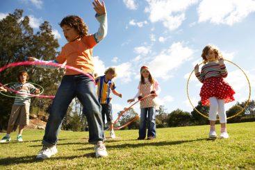 criancas-brincando-1347391076616_1920x1280-367x245.jpg
