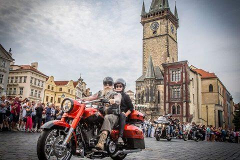 Harley-Davison convida os motoqueiros clássicos para comemorar o 115º aniversário (Foto: Divulgação)