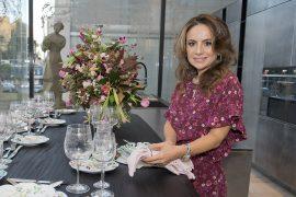 A mesa de Dia das Mães ideal para a designer Margit Soares a engenheira civil e designer de interiores Margit Soares