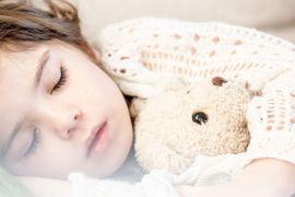 como manter a rotina de sono das crianças
