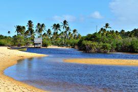 O que fazer em Trancoso 5 dicas para aproveitar ao máximo o destino Bangalo Praia dos Nativos (Foto: iStock)