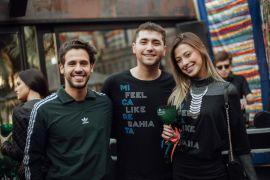 OXE! +55 Bar entrou em clima baiano no Sunday Sunset Joao Pedro Lago Soares, Felipe Casas e Julia Chemin