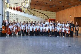 Orquestra Suzuki no Museu Oscar Niemeyer