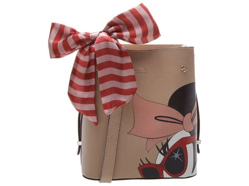 3cd8e7f21 Arezzo e Disney lançam calçados e bolsas para #Mickey90Anos
