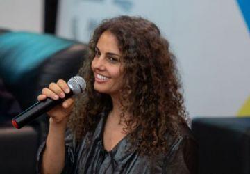 entrevista-celinha-camargos-3-1-360x250.jpg