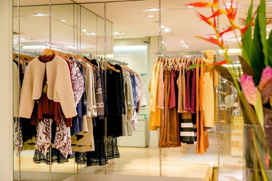 68a1dcfd7 Conheças as 10 melhores lojas de moda de Curitiba - TOPVIEW