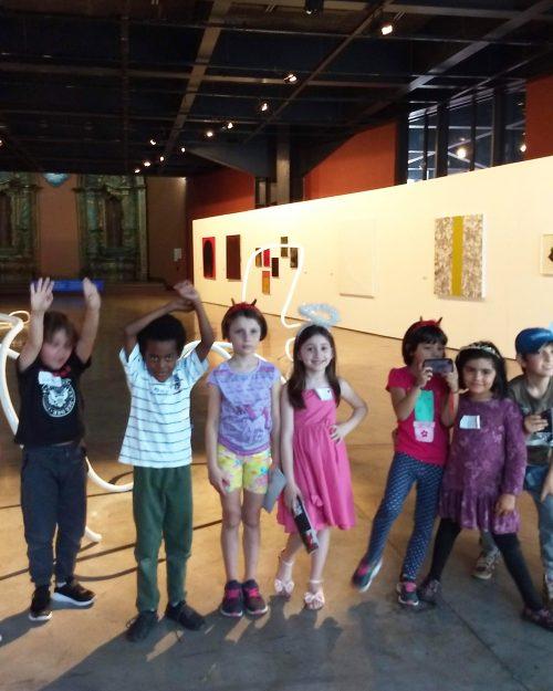 A-exposição-Criaturas-Fantásticas-foi-desenhada-em-um-processo-contínuo-de-escuta-junto-às-crianças-Divulgação-500x625.jpg