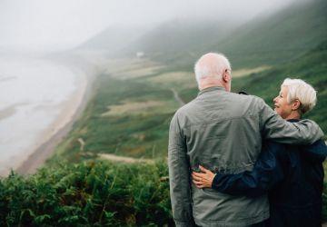 couple-daylight-elderly-1589865-360x250.jpg