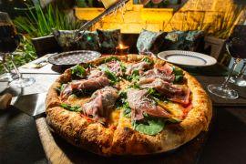 Comer Pizza em Florianópolis