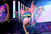 a cantora Taylor Swift já apostou no tie-dye