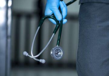 stethoscope-4280497_1920-360x250.jpg