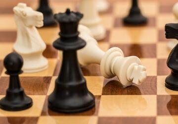 checkmate-1511866_1920-360x250.jpg