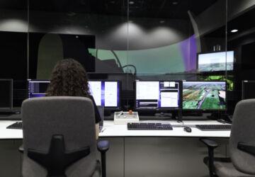 female-engineer-controlling-flight-simulator-3862132-360x250.jpg