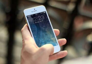 iphone-410324_1920-1-360x250.jpg