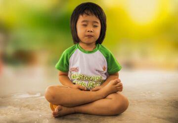 meditating-1894762_1920-360x250.jpg