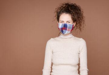 mulher-com-mascara-fonte-istockphoto-360x250.jpg